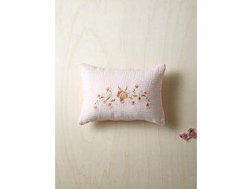 Coussin gaze de coton brodé fleurs rose