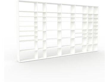 Bibliothèque - Blanc, design, étagère pour livres, sophistiquée, ouverte et fonctionelle - 416 x 233 x 35 cm, personnalisable