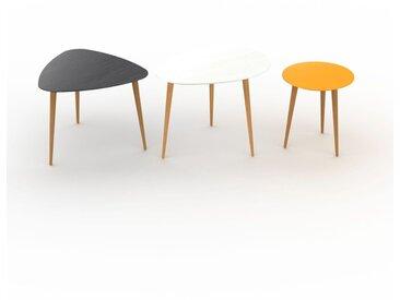 Tables basses gigognes - Jaune, triangulaire/ovale/ronde, design scandinave, set de 3 tables basses - 59/67/40 x 47/50/44 x 61/50/40 cm