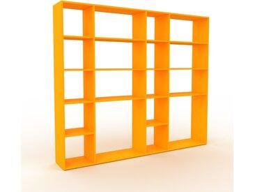 Bibliothèque - Jaune, design, étagère pour livres, sophistiquée, ouverte et fonctionelle - 229 x 195 x 35 cm, personnalisable