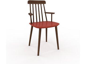 Chaise avec accoudoirs rouge de 43 x 82 x 53 cm au design unique, configurable