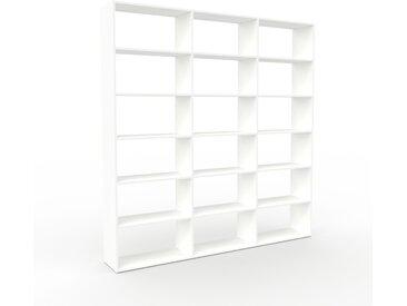 Bibliothèque - Blanc, design, étagère pour livres, sophistiquée, ouverte et fonctionelle - 226 x 233 x 35 cm, personnalisable