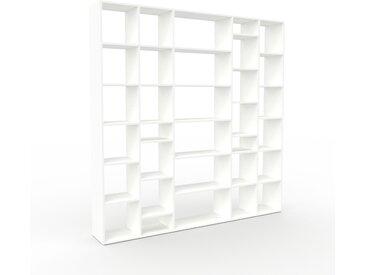 Bibliothèque - Blanc, design, étagère pour livres, sophistiquée, ouverte et fonctionelle - 231 x 233 x 35 cm, personnalisable