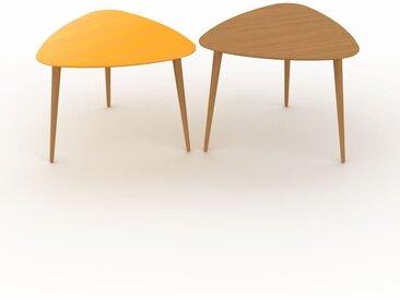 Tables basses gigognes - Chêne, triangulaire/triangulaire, design scandinave, set de 2 tables basses - 59/59 x 44/47 x 61/61 cm, personnalisable