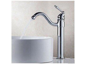 Robinet de lavabo fini en laiton style contemporain et finition en chrome