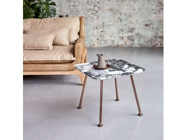 Bout de canapé Yutapi en marbre et métal