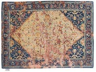 Rajkishor - tufté main:  Tapis oriental classique, base beige avec des nuances bleues, motifs antiques