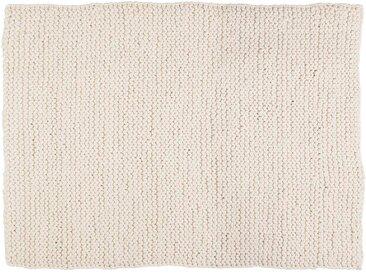Bina:  Tapis en laine epaisse, couleur blanche, design scandinave