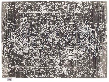 Devendra - tufté main:  Tapis persan classique avec un design moderne, nuances de noir blanc et gris