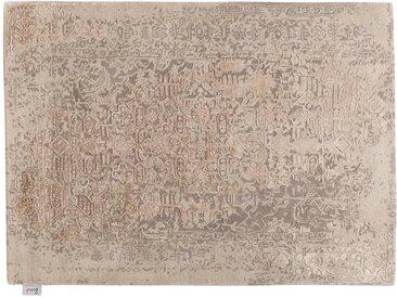 Isaac - tufté main:  Tapis persan elegant avec des motifs orientaux, touffete a la main