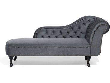 Méridienne en velours gris au design glamour