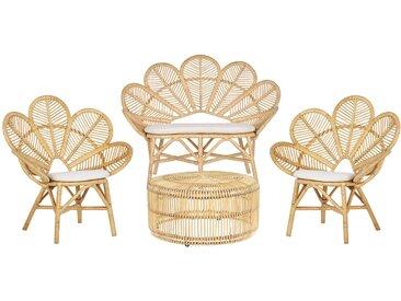 Salon de jardin au style boho table basse 2 chaises et banquette en rotin