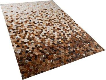 Tapis patchwork en peau de vache aux tons dégradés de marron 140 x 200 cm
