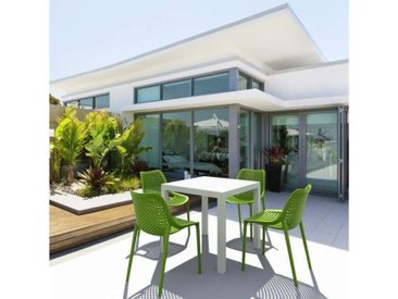 Table de terrasse carrée en résine - Ares