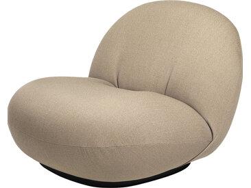 GUBI fauteuil PACHA LOUNGE CHAIR (Cat. 4 Kvadrat Vidar 333 - tissu et bois finition Soft Black Semi Matt)