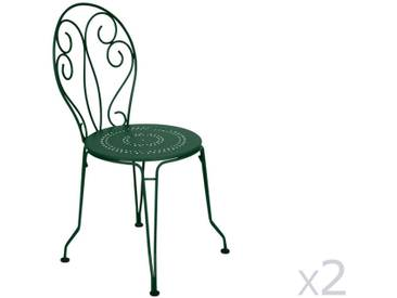 Chaise de jardin empilable FERMOB en acier - assise perforée (par 2) cédre MONTMARTRE