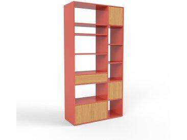 Bibliothèque - rouge, design contemporain, avec porte chêne et tiroir chêne - 116 x 233 x 47 cm