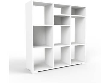 Bibliothèque - blanc, design, étagère pour livres, sophistiquée, ouverte et fonctionelle - 118 x 120 x 35 cm, personnalisable