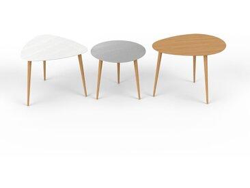 Tables basses gigognes - chêne, triangulaire/ronde/ovale, design scandinave, set de 3 tables basses - 59/50/67 x 47/44/50 x 61/50/50 cm